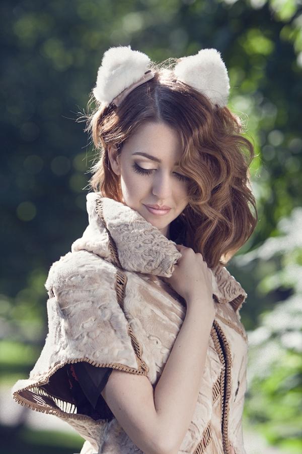 swakara_coat_short_lady_fur_sagafurs