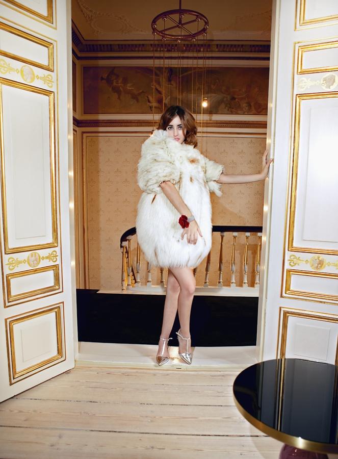 lady_dress_fox_coat_welovefur